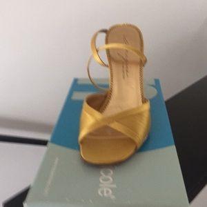 Sandal shoe